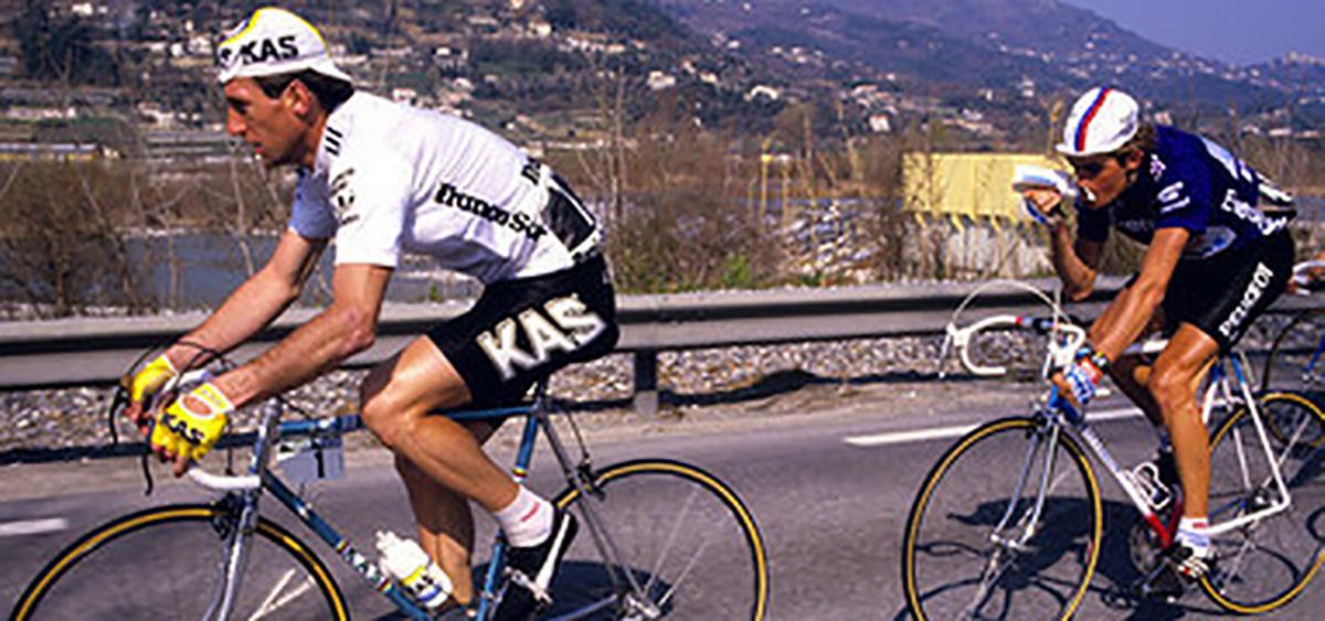 Il ciclista Sean Kelly durante una Parigi-Nizza