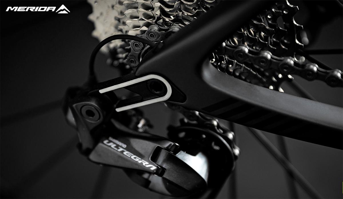 Il cambio presente sulla nuova bici da strada Merida Scultura Endurance 7000 E 2021
