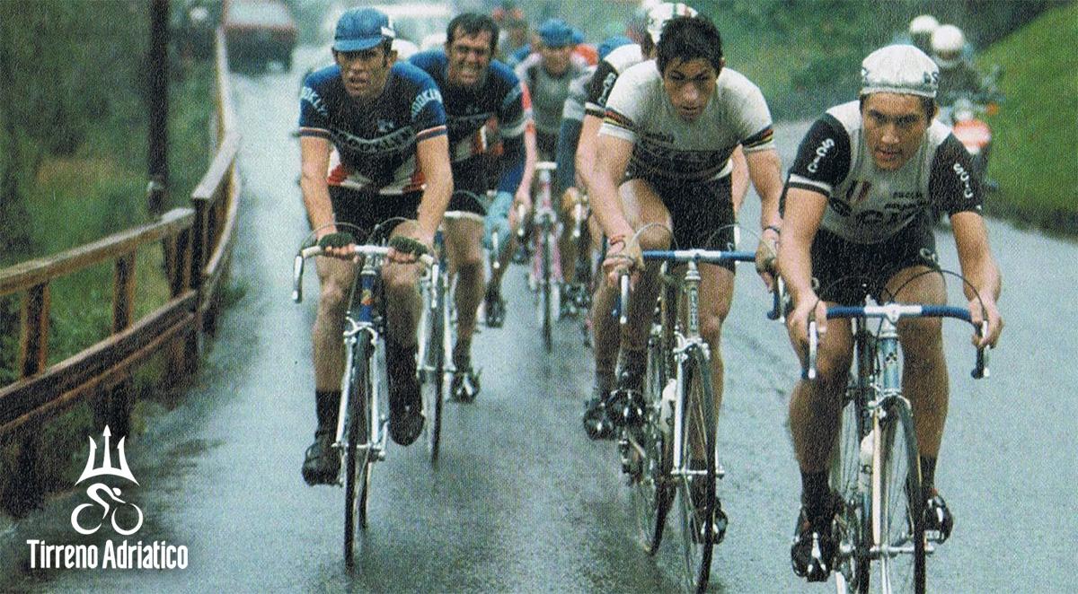Uno scatto storico del duello Moser contro Saronni durante la Tirreno-Adriatico