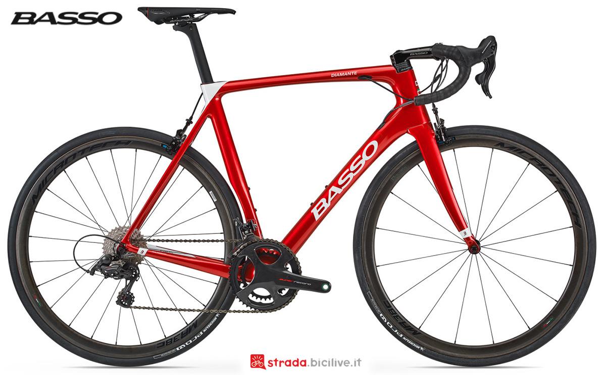 La nuova bici da strada Basso Bikes Diamante 2021 vista lateralmente