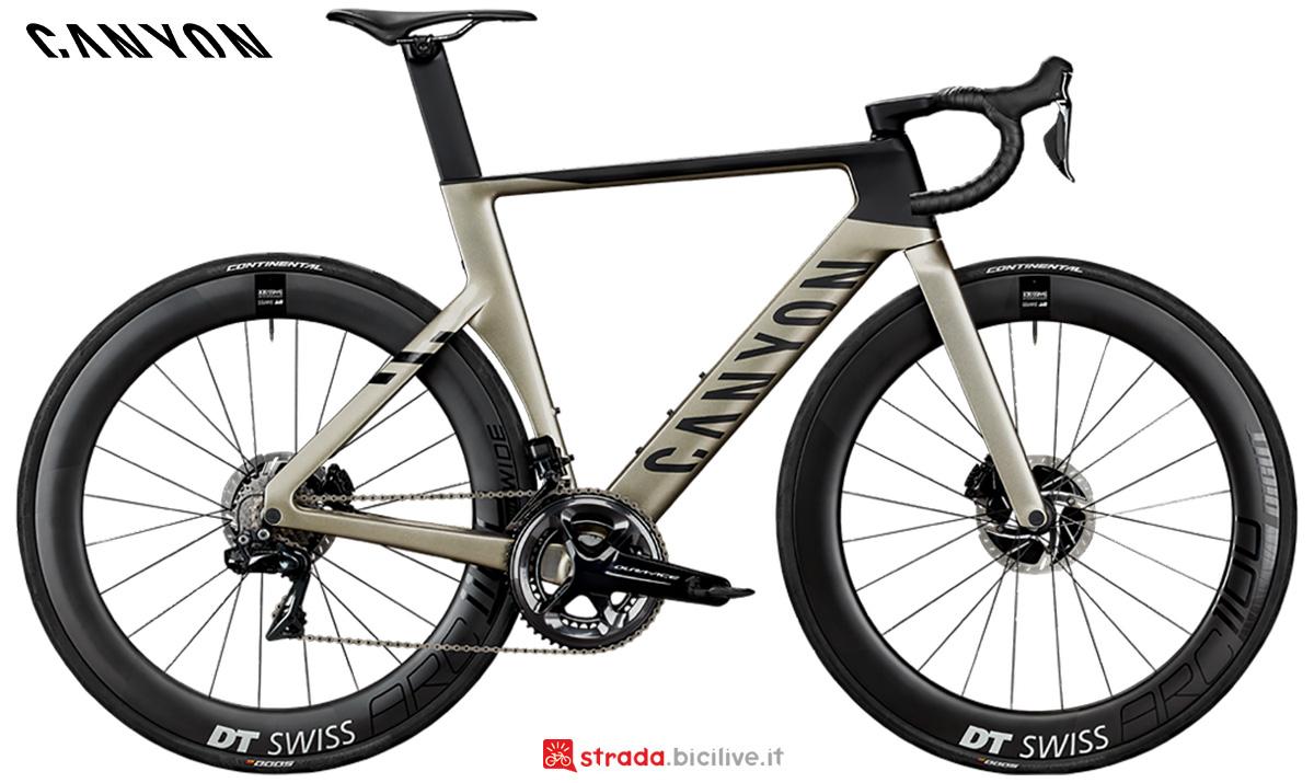 La nuova bici da corsa Canyon  Aeroad CFR Disc Shimano Di 2 2021