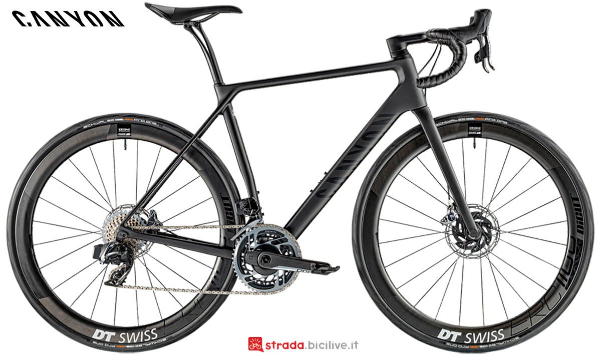 La nuova bici da strada Canyon Endurace CF SLX 9 Disc Sram Etap 2021