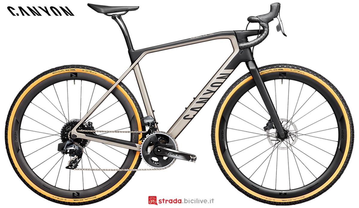 La nuova bici da corsa Canyon Grail CF SL 8.0 Sram Etap 2021