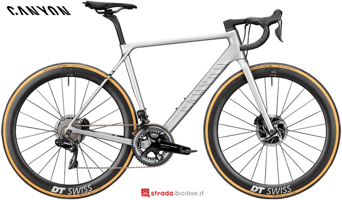 La nuova bici da strada Canyon Ultimate CFR Disc 9.0 Shimano Dura-Ace Di2 2021