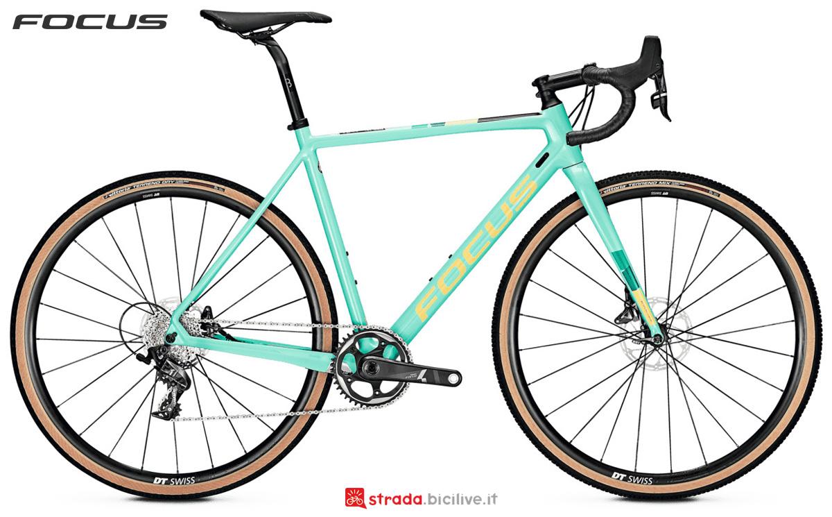 Bicicletta da ciclocross Focus Mares 9.9 Disc con gruppo trasmissione SRAM Force