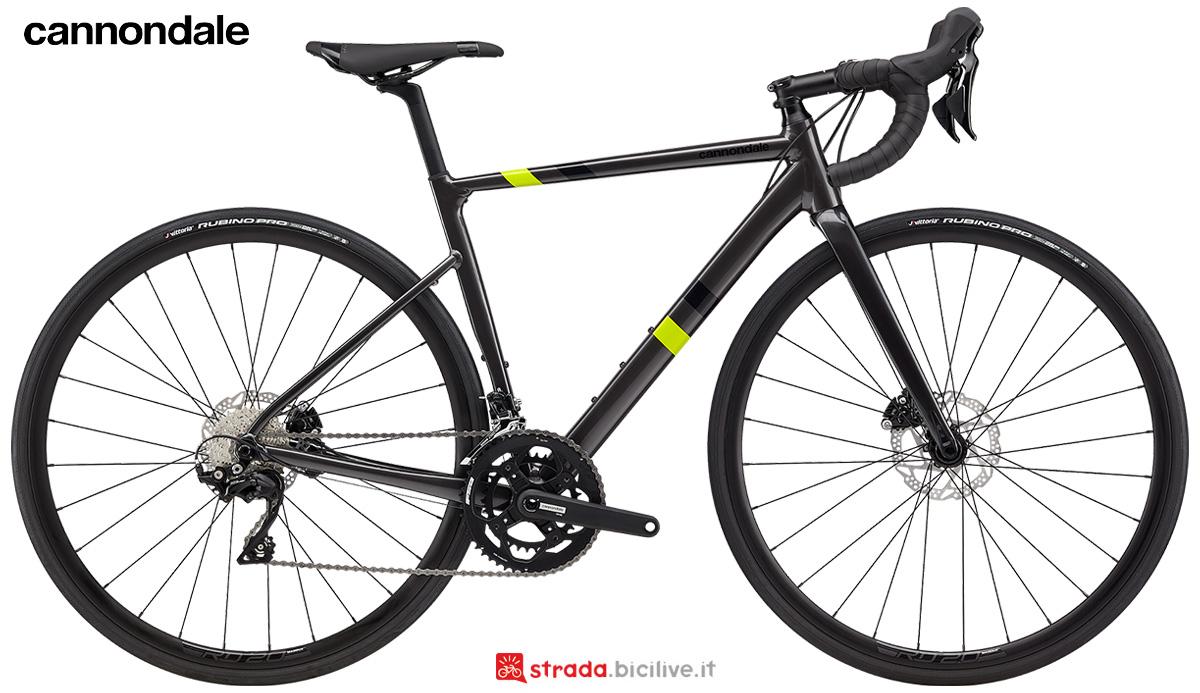 La nuova bici da strada Cannondale Caad 13 Disc women's 105 2021