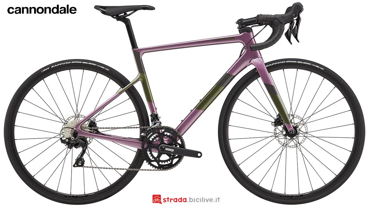 La nuova bici da strada Cannondale Supersix Evo Carbon Disc Womens 105 2021