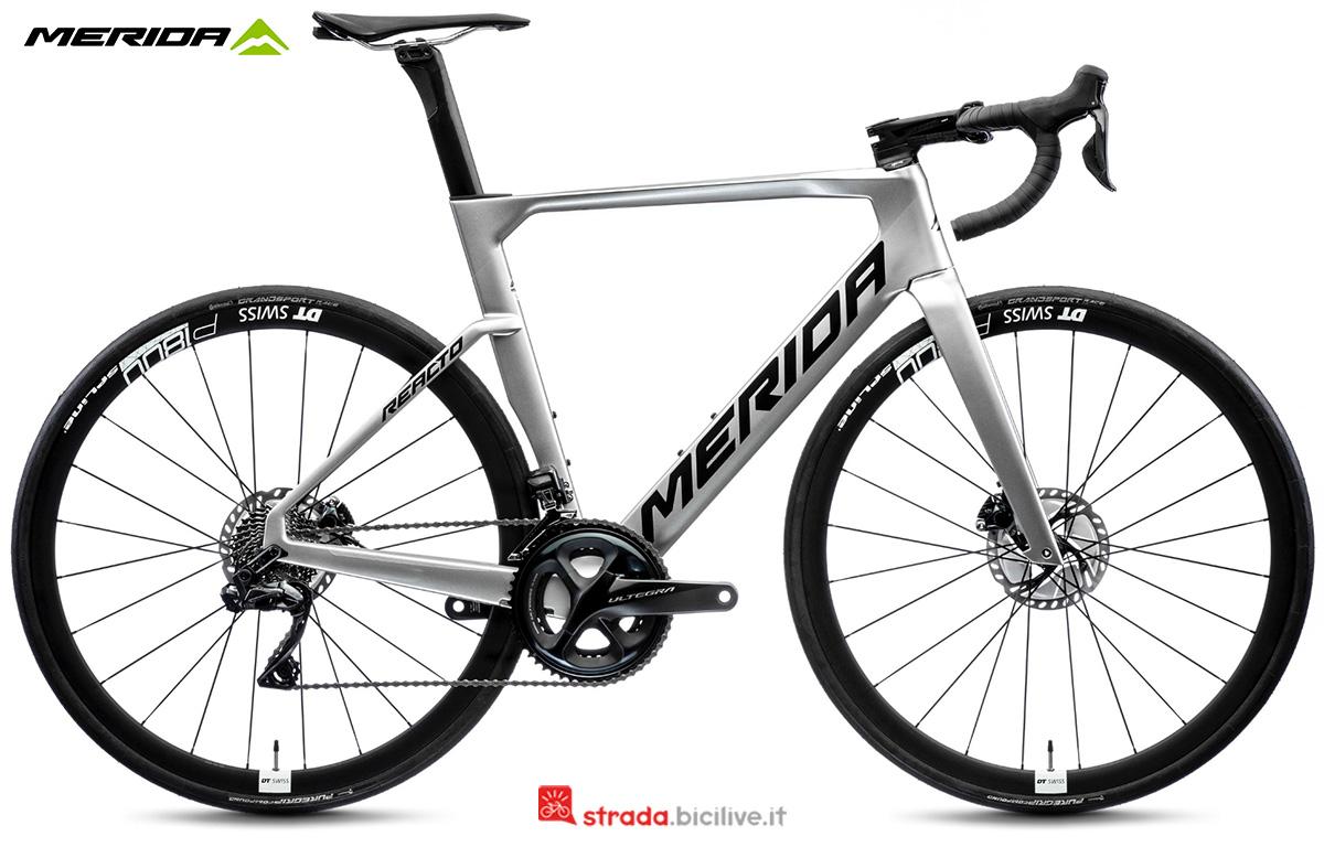La nuova bici da corsa Merida Reacto 7000 ECF3 2021