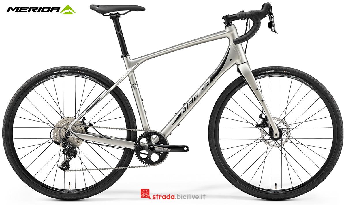 La nuova bici da strada Merida Silex 300 2021