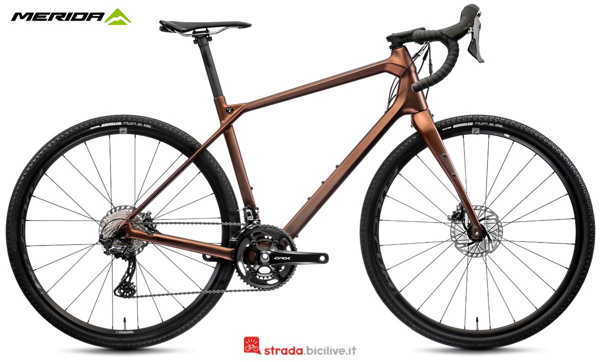 La nuova bici da strada Merida Silex 7000 CF2 2021