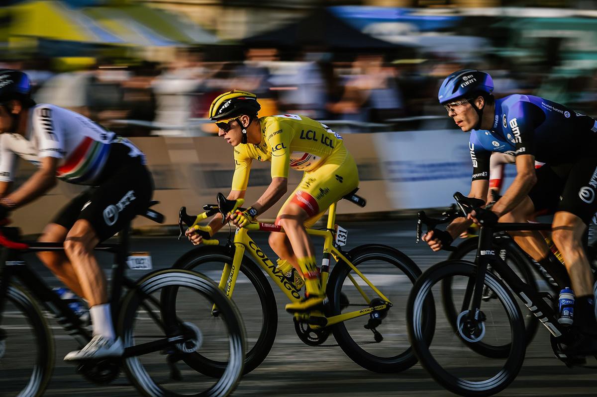 Uno scatto della corsa del Tour De France 2020