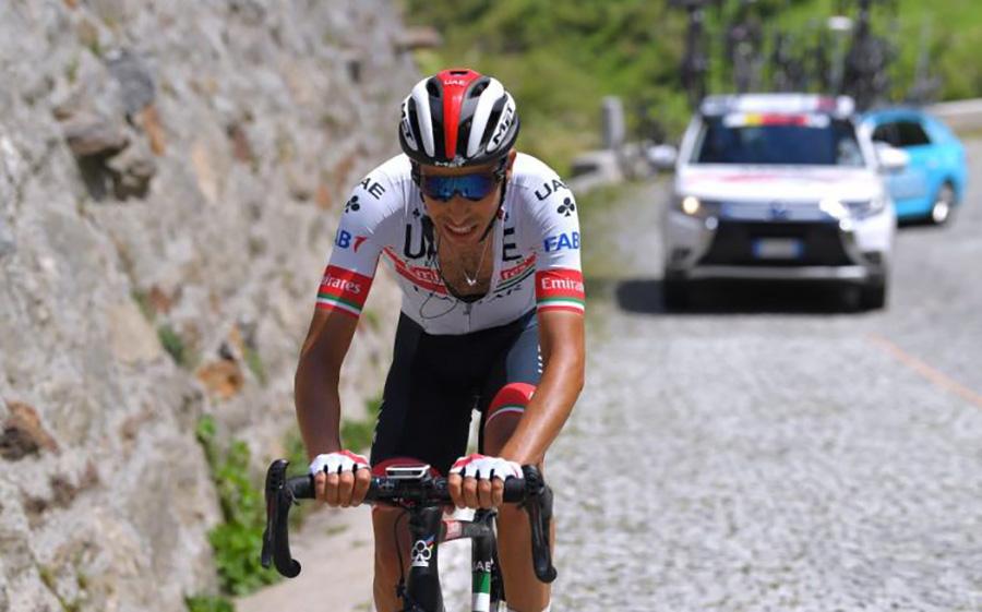 Uno scatto di Fabio Aru durante il Tour de France 2020