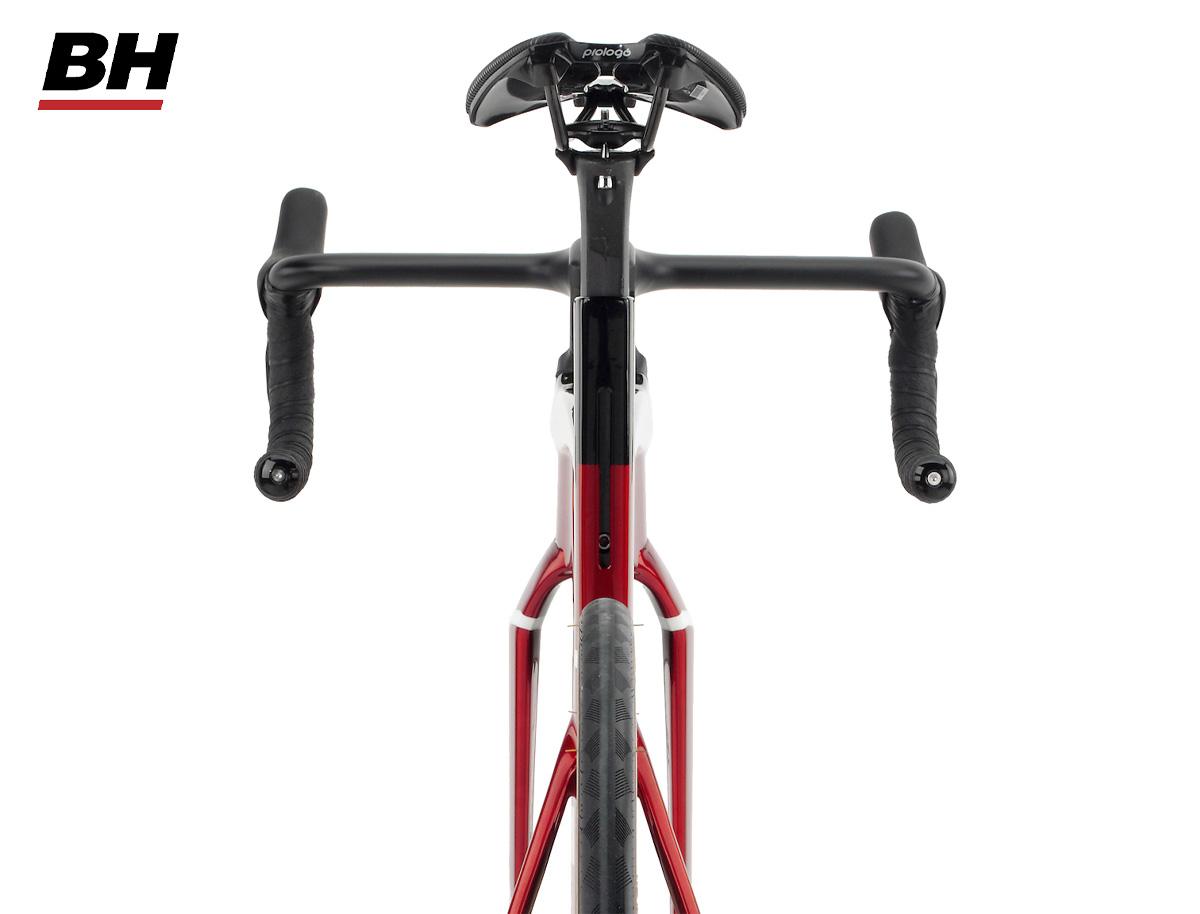 Dettaglio del telaio delle nuove bicicletta da strada BH Aerolight 2022 con tecnologia AirBow