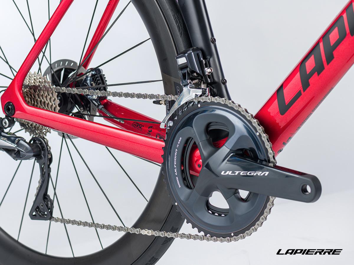 Dettaglio della trasmissione Shimano della nuova bici da strada Lapierre Aircode DRS 8.0