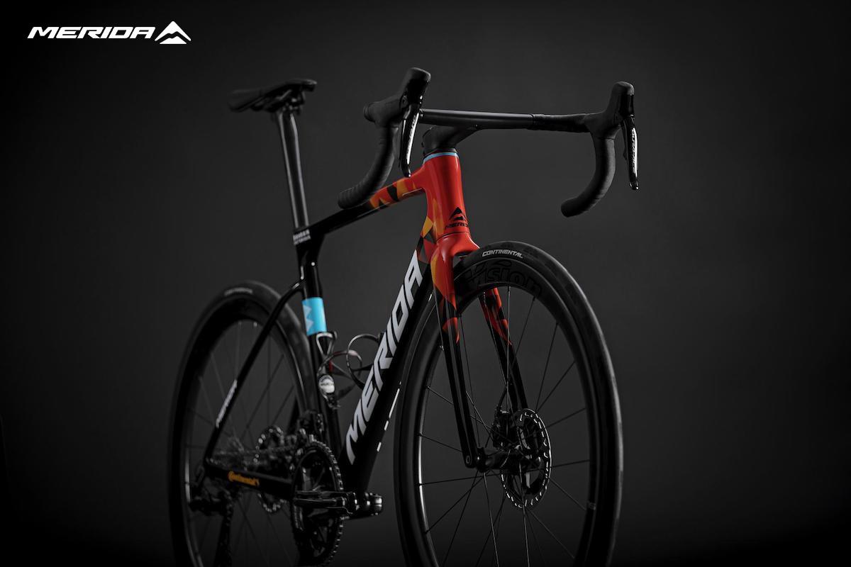 La nuova bici da corsa Merida Scultura Team 2022
