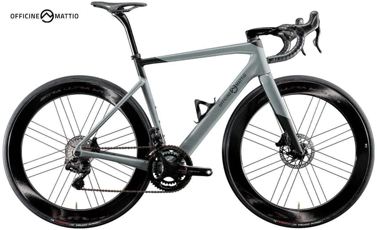 La nuova bici da corsa Officine Mattio OM1 S vista lateralmente