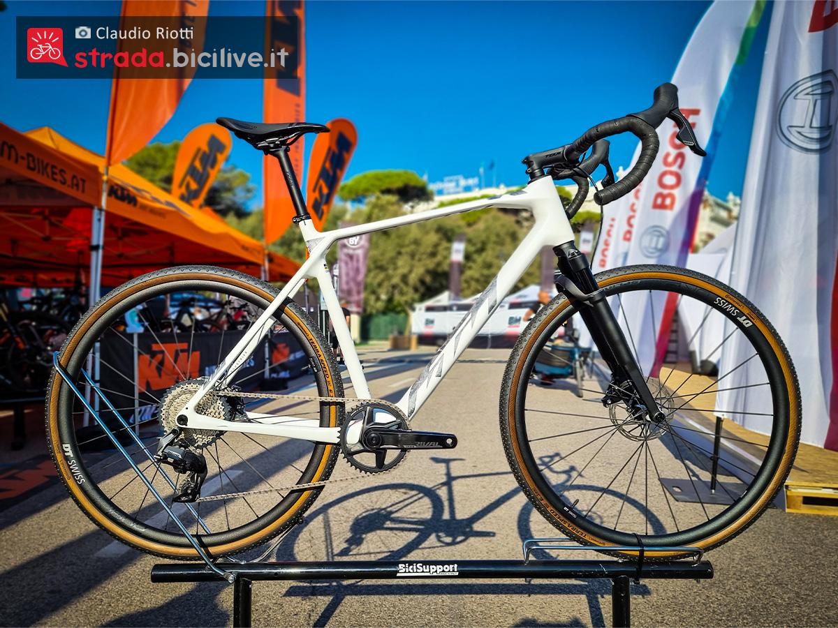La nuova bici da gravel Ktm X-Strada Prime 2022