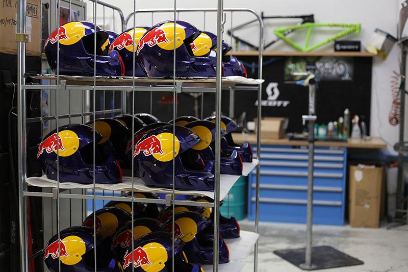 Infiniti-Red-Bull-Racing_SCOTT-Picton-Helmet_Product_2014_BIKE_SCOTT-Sports_13
